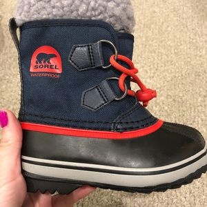 Kids Toddlers Sorel Boots Size 8 Navy and Red